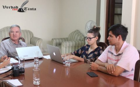 En Bolivia hay un divorcio entre lo público y lo privado