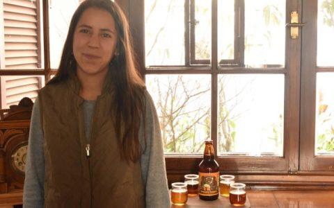 Thaqrexa: Cerveza artesanal tarijeña con manos de mujer